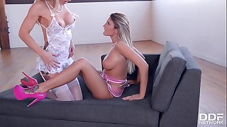 Leggy Teens August Ames & Zoey Portland Make Hook-up Toy Fantasy Come True